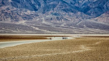 badwater-basin-death-valley-tours-from-las-vegas