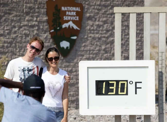 how hot does it get in death valley temperature 130F 54C tours from las vegas