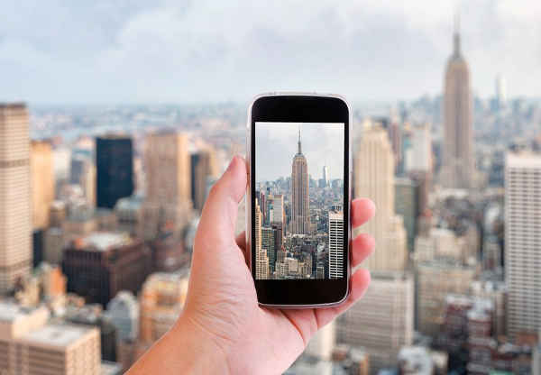 smartphone photo tips tours from las vegas hold camera upright